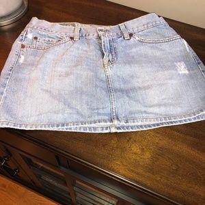 Lucky Brand Mini Distressed Denim Skirt SZ: 8/29